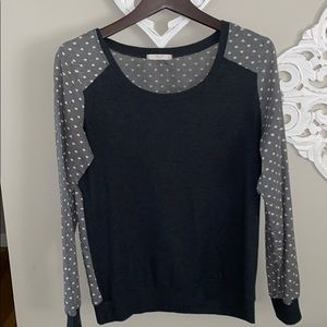 Le Lis Light Sweater Top
